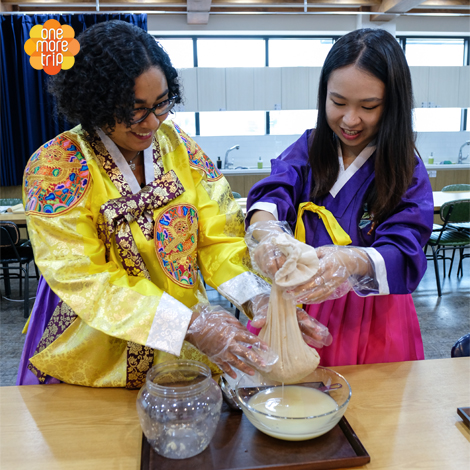 Korean Food Master Center Class on Traditional Korean Rice Wine